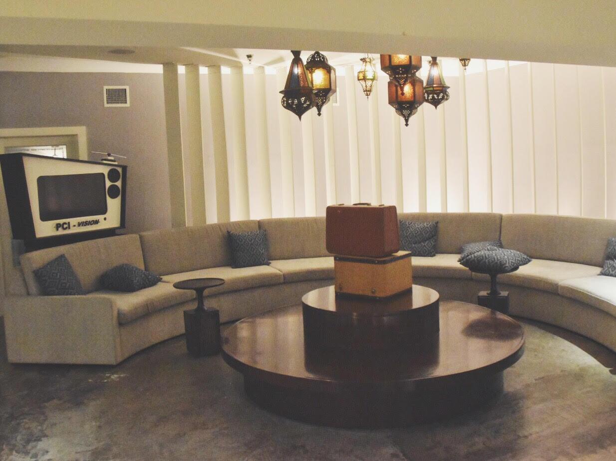 Lounge at the Postcard Inn